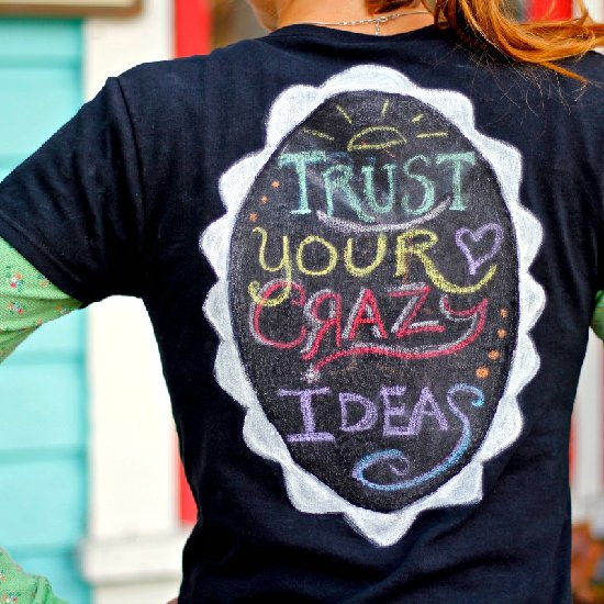 Erasable Chalkboard T-shirt and Giveaway