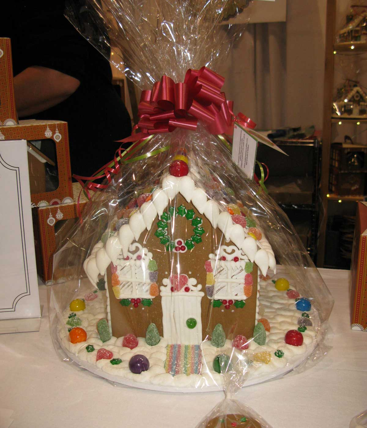 SUGAR N SPICE: Gingerbread House