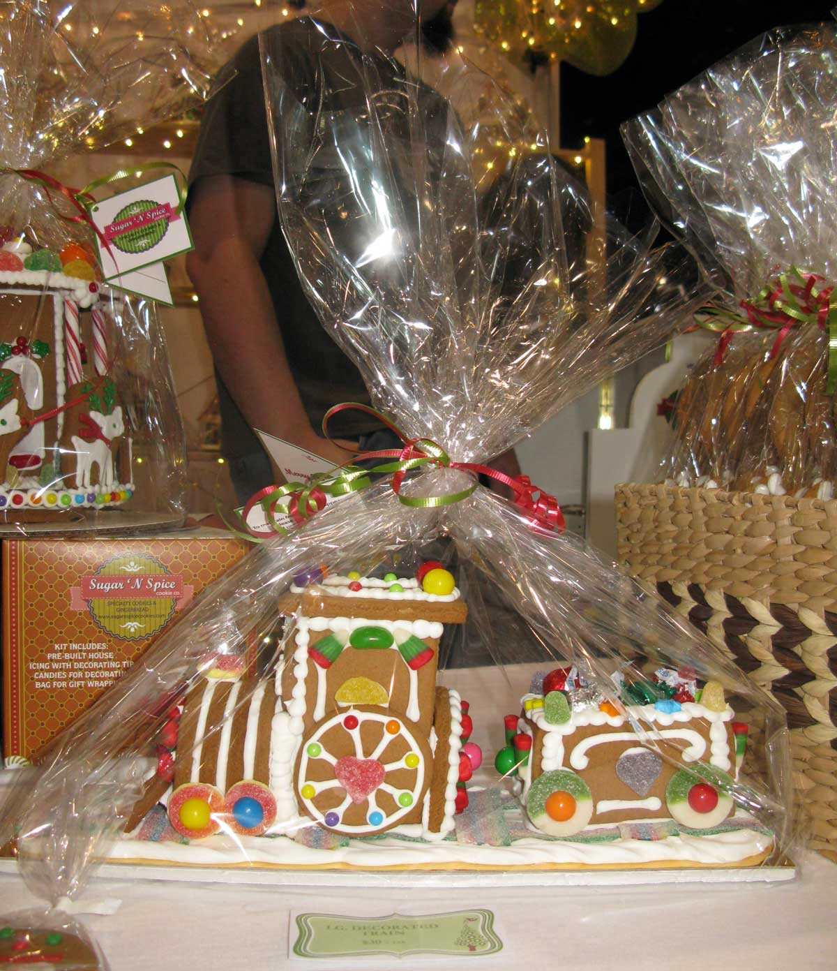 SUGAR N SPICE: Gingerbread Train