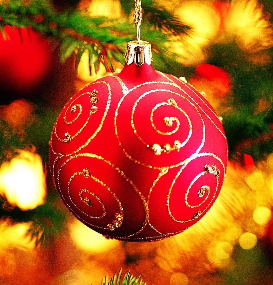 Christmas Decoration: Red Ball