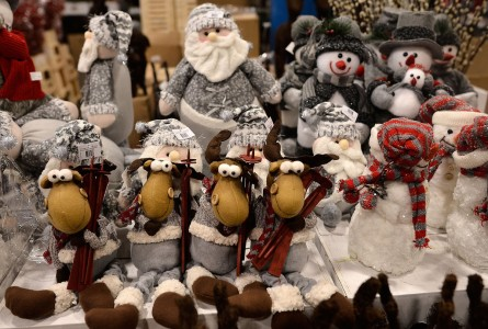 Market Gears Up For Christmas